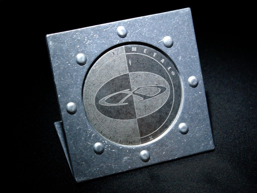 Oakley Display Items: Rotating Lens Display And Coin Holders - 3131206127_59ec474ea4_b.jpg