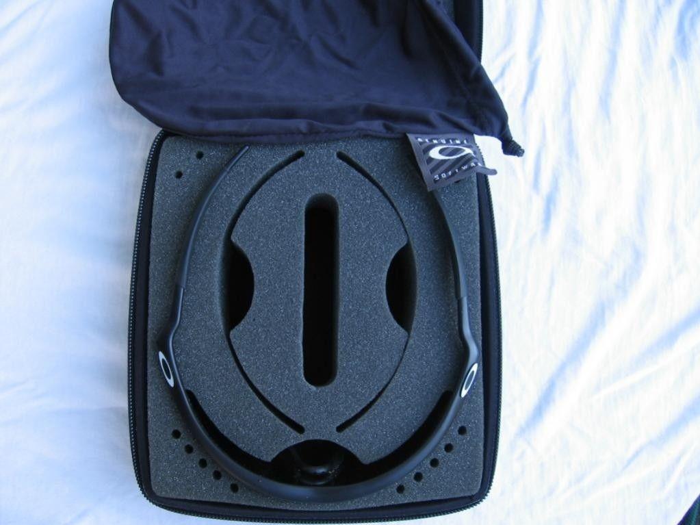 Pro M Frame Case - 33249d1340836687-oakley-pro-m-frame-sunglasses-img_3120.jpg