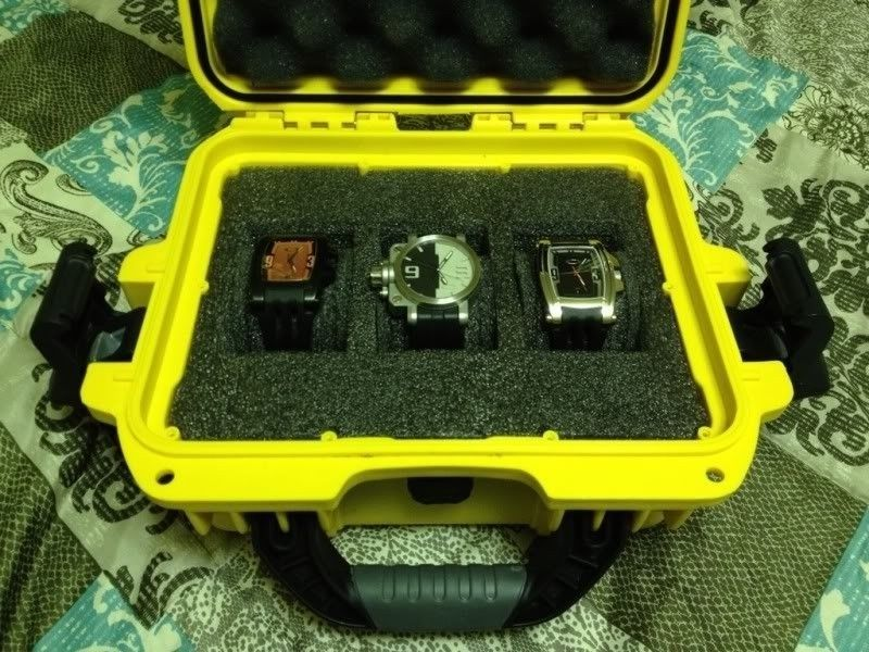 *-*-*-Oakley Watches And Carrying Case-*-*-* - 3b4be24d.jpg
