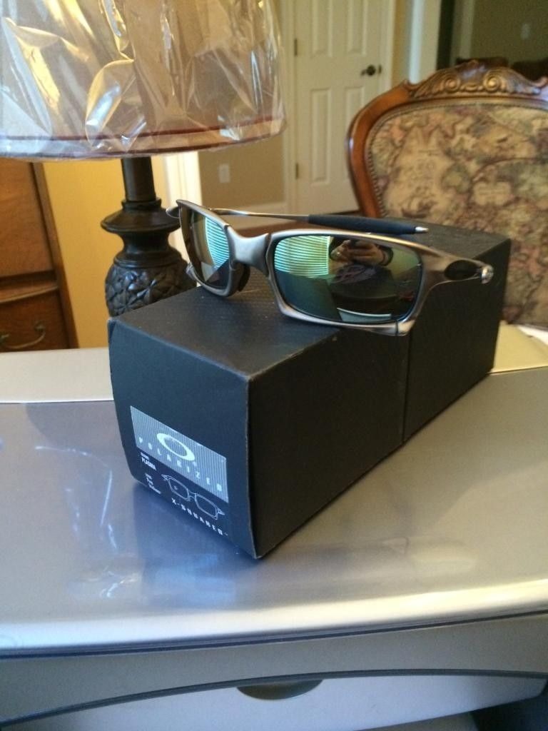 FS  Oakley X Squared Plasma Complete Displayed Only New - 3DAA9726-A9D1-4972-975D-FFF98094100D.jpg