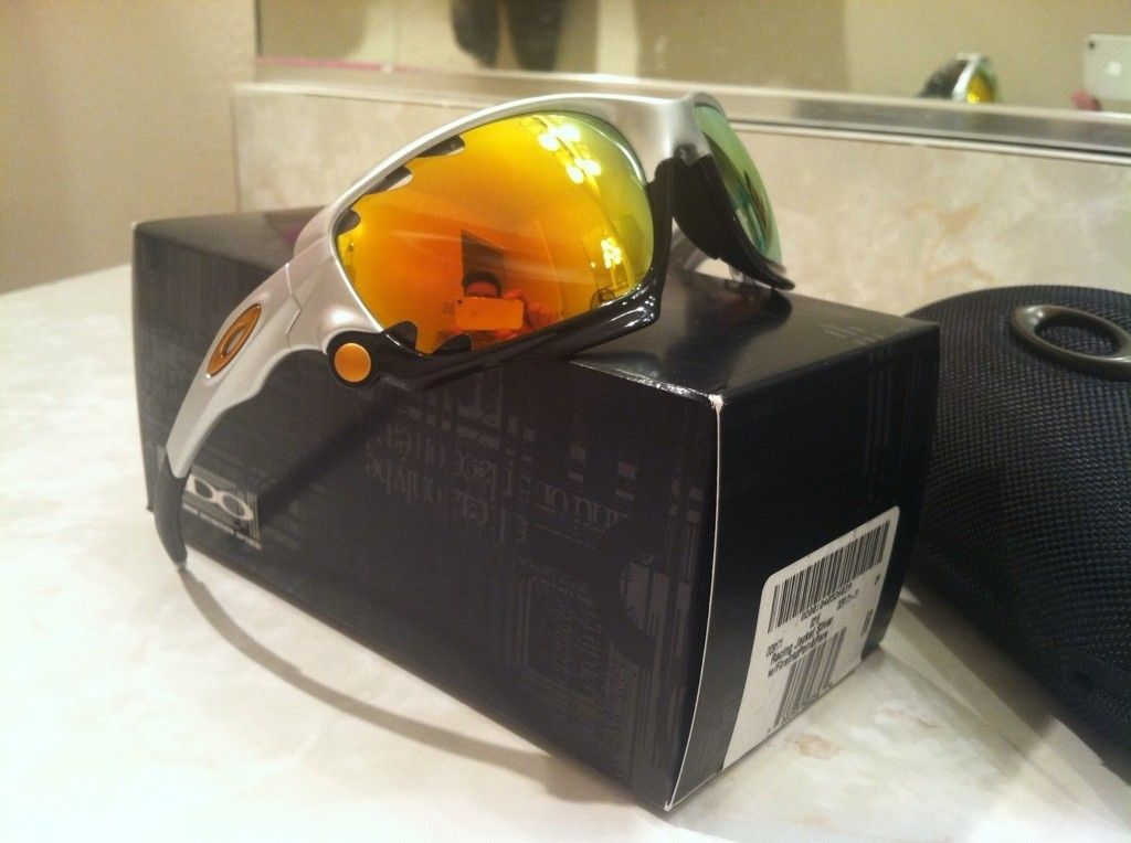 FINAL PRICE DROP - LNIB Polarized Racing Jacket  - OO9171-11 - 3EEA128C-FBC7-483D-A4C5-548A0F6E5CCB-2490-000002F7E5804138.jpg