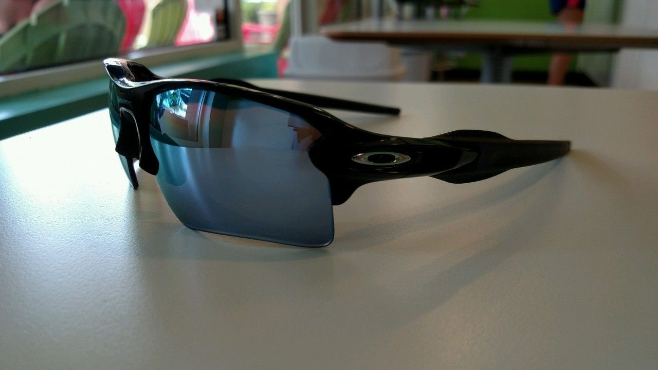 oakley flak 2.0 xl deep water