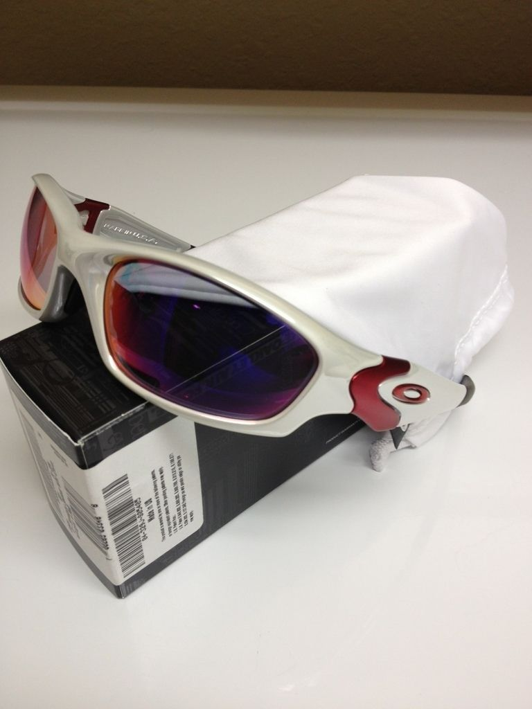 41dc9565bf For Sale - WTS Oakley Straight Jacket White Chrome Light Positive Red BNIB