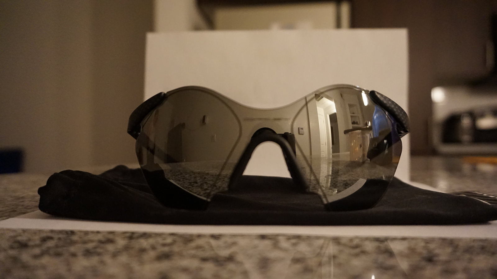 Oakley Sub Zero #5 Carbon Fiber Complete (reduced) - 41194849785_588ea8b261_h.jpg