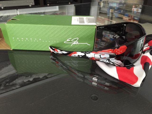 Oakleys for Sale - 415156dcb292d5caeafe7c94f64950d1.jpg
