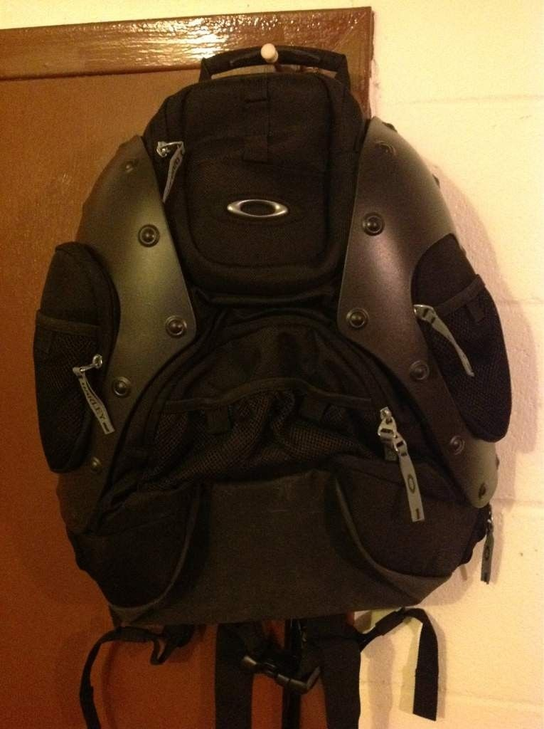 Latest Pick Up: Hard Shell Backpack - 45fed563-7ee4-8b87.jpg