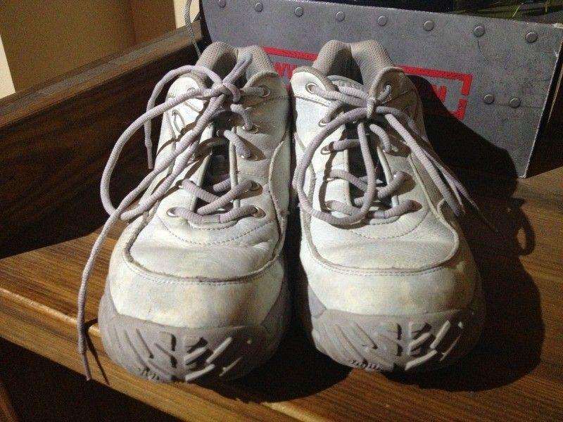 SI Snow Camo Assault Shoe, Black SI Shoe, Megajoule Mid Shoe - 46F2D4D1-8F05-4CEC-9EFF-9EF9130988D1-7592-0000068769E15966_zps33dbe8b0.jpg