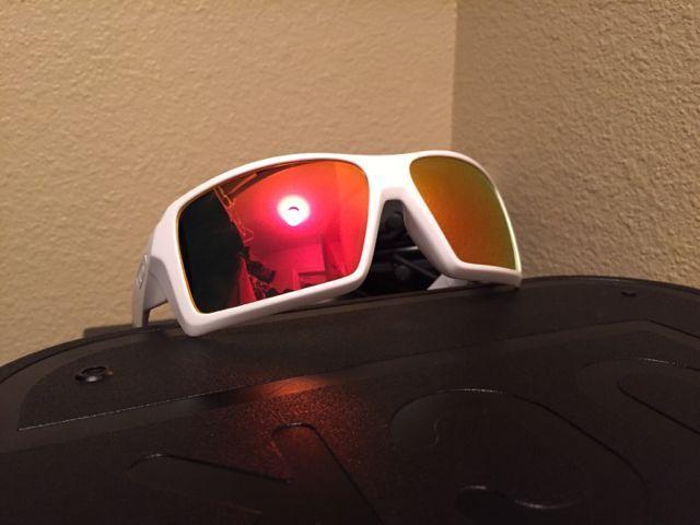 Oakley Eyepatch 1 white/ 3 sets of lenses - 48e571c4aca86a58a52a486dfd640332.jpg