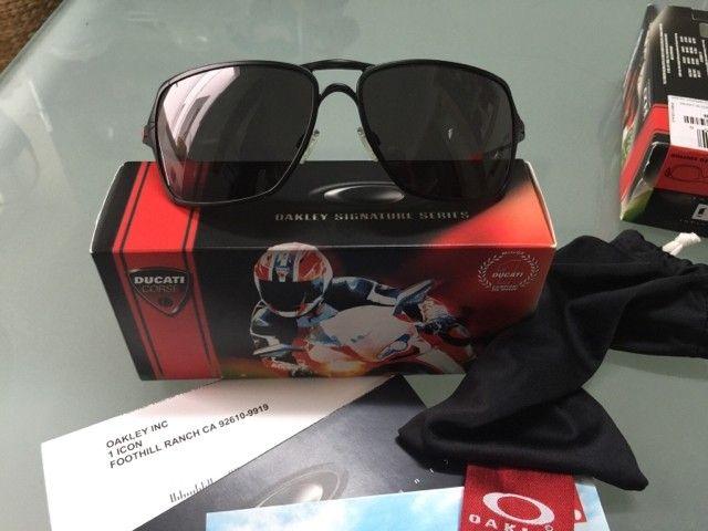 Two New Ducati pairs: Inmate and Straight Jacket - 492c00b32d1ba961b722ed66fb82b0cb.jpg