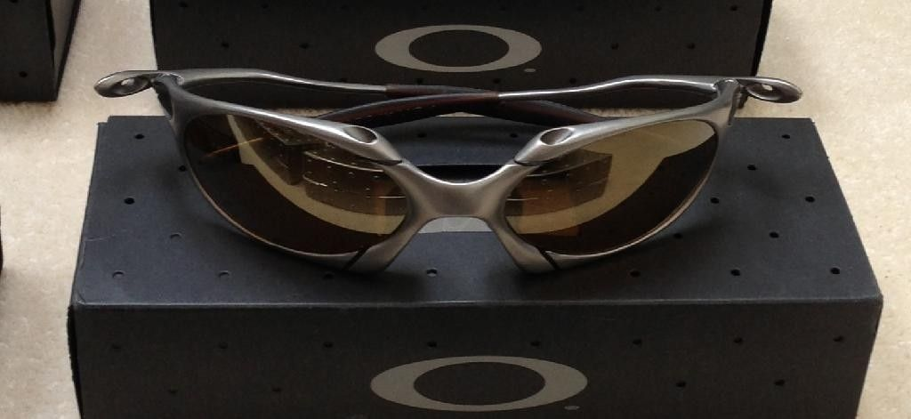 Titanium / Gold Romeo 1 - 49EC60EF-BB31-4D0A-92BF-567C16BCFD9C_zpsrmjqvnfq.jpg