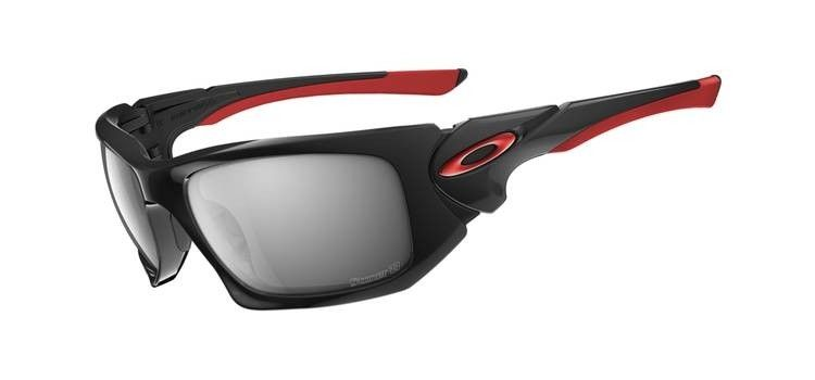 What MotoGP Riders Wear - 4d42007b7dc56.jpg