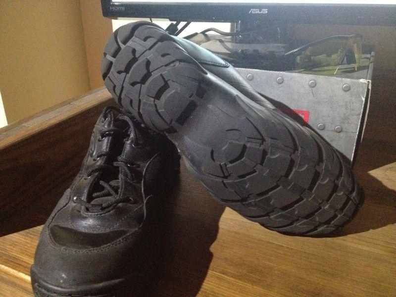 SI Snow Camo Assault Shoe, Black SI Shoe, Megajoule Mid Shoe - 4DEE0262-A59E-4A3E-86F3-582D5D74BAF4-7592-00000689BAC67323_zps9d147cda.jpg