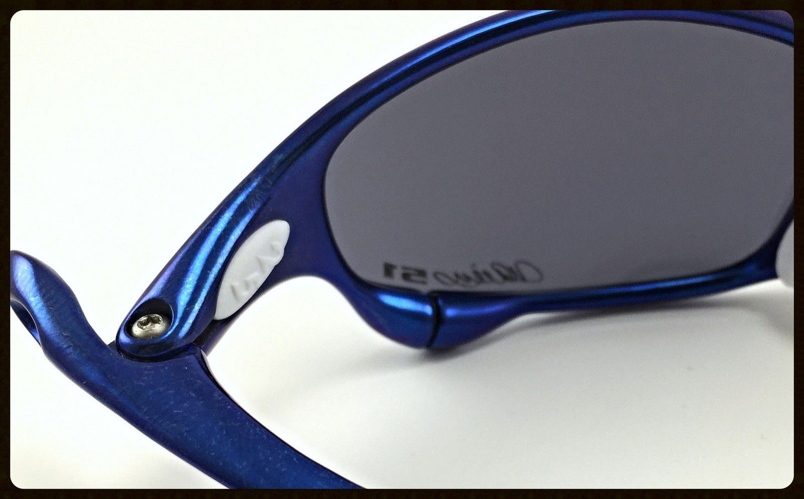 Blue Anodized Polished Juliet - Ichiro Style - 51 Anodized Blue Juliet with OO Blue Ichiro Lenses and White OEM Rubbers-4.jpg