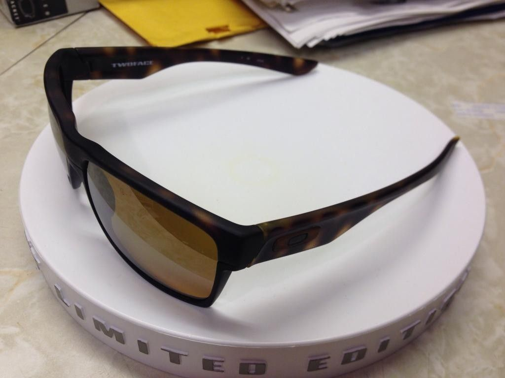 Looking For Pics - Fall Out TwoFace Matte Brown Tortoise - 520BC7CA-92D7-4974-9537-E41315ED19CF_zpsw8pwcdrf.jpg