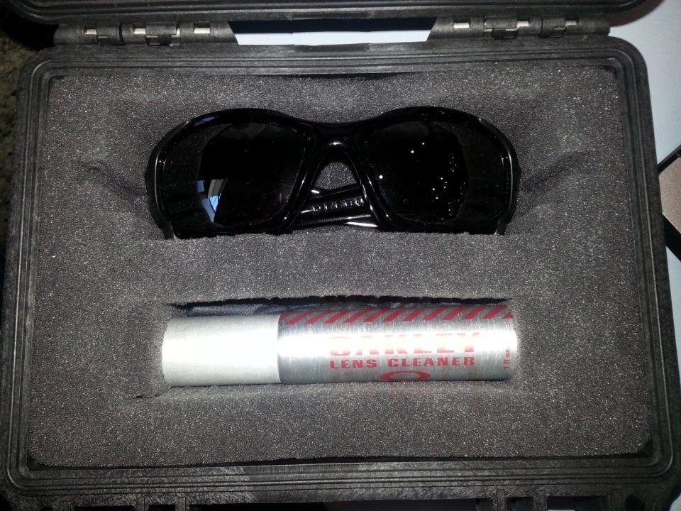 Pelican Oakley Vault - 542230_4270839982567_316710808_n.jpg