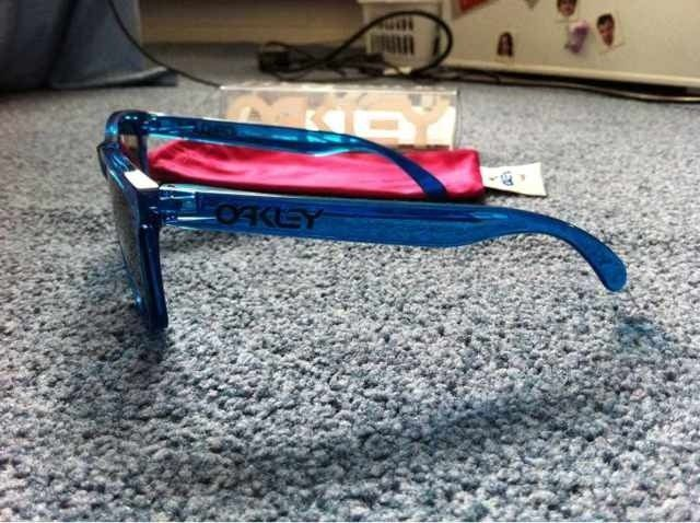 Acid Blue Frogskins Opinions? - 56093ae7-dc3e-d7a5.jpg