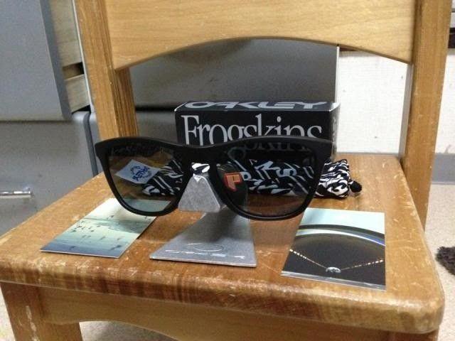 Oakley Frogskins Mastermind Japan Matte Black Bnib 350usd Shipped - 563509_10200442971217451_241122242_n_zps3f64b11e.jpg