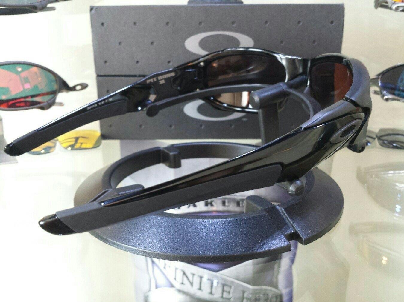 Oakley Pit Boss II - $275 - 5ajyjyre.jpg