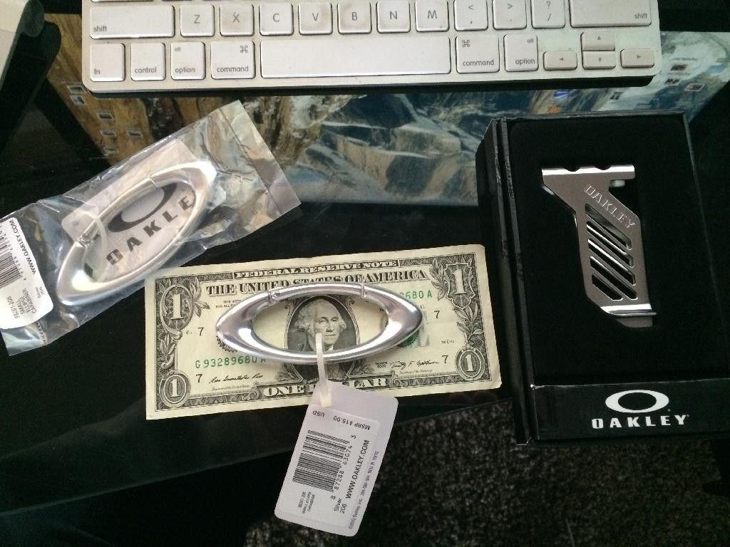 received my carabiner's and money clip - 5DB67939-F7E2-4228-B2E9-235556AB880B_zpsrxikwnqb.jpg