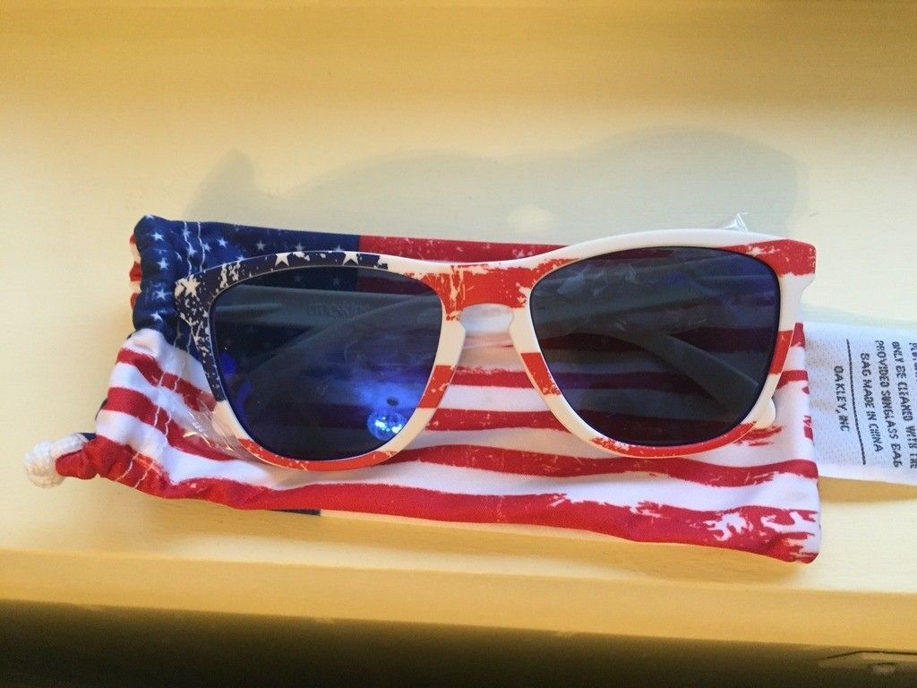 Trevor Andrews and old glory frogskins - 5E620B02-3FF7-4976-BC6A-209A403298AE_zps9iis4oyc.jpg