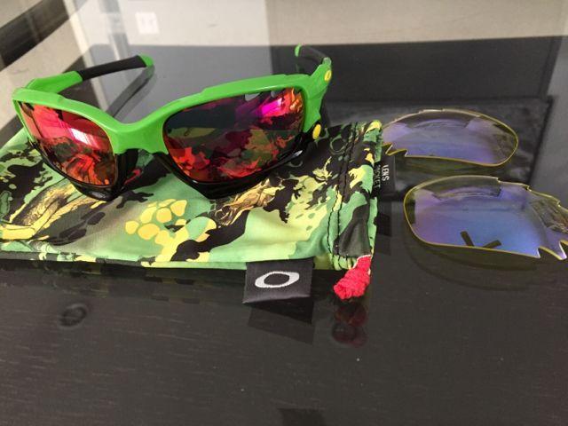 Oakleys for Sale - 5e705a39385fe8f650d5cd9c75b25b2a.jpg
