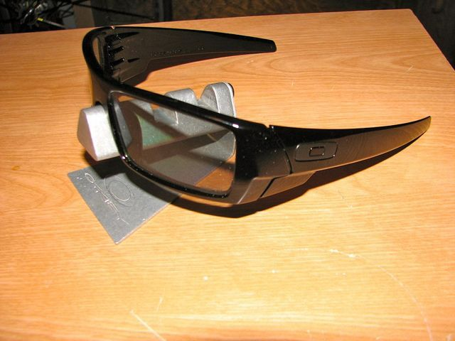 My Oakleys - 6098200181_09a3c3bfcf_z.jpg