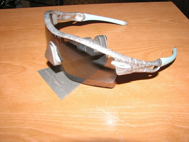 My Oakleys - 6098206849_a8eb00dc25_z.jpg