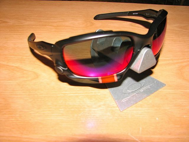 My Oakleys - 6098751420_12f9f31757_z.jpg