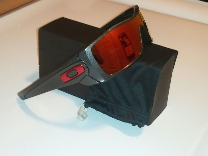 FS: New Oakley BATWOLF CUSTOM Granite Frame Ruby Iridium Red Icons ...