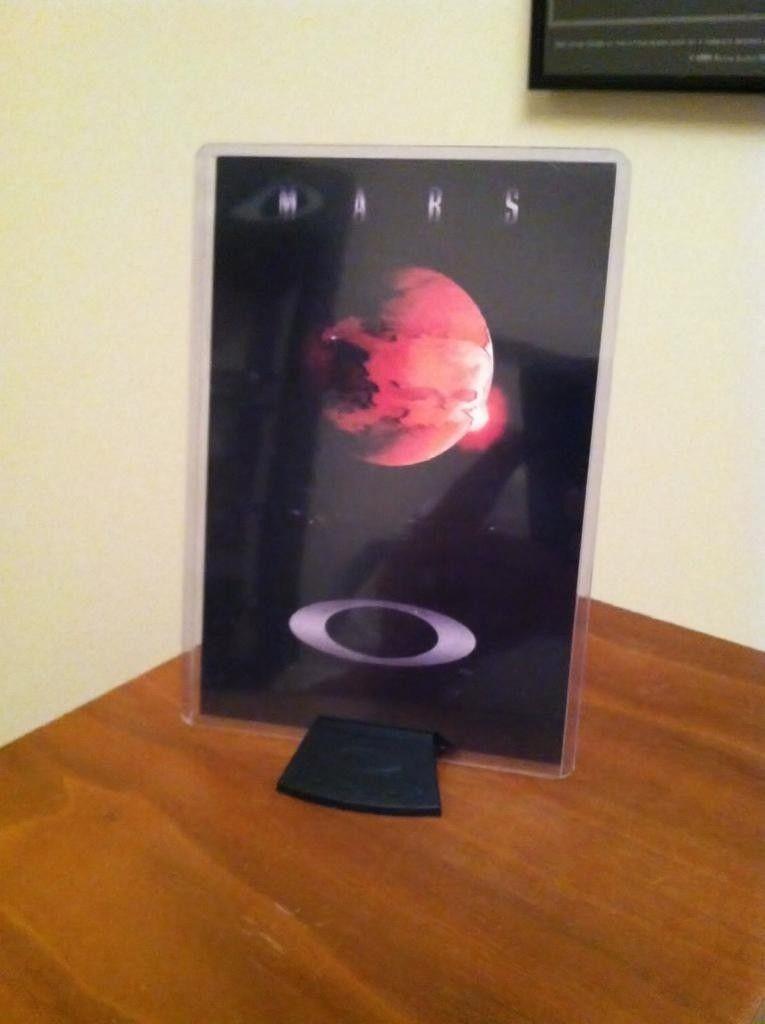 Oakley Mars Box..... - 62e32228-25c3-7662.jpg