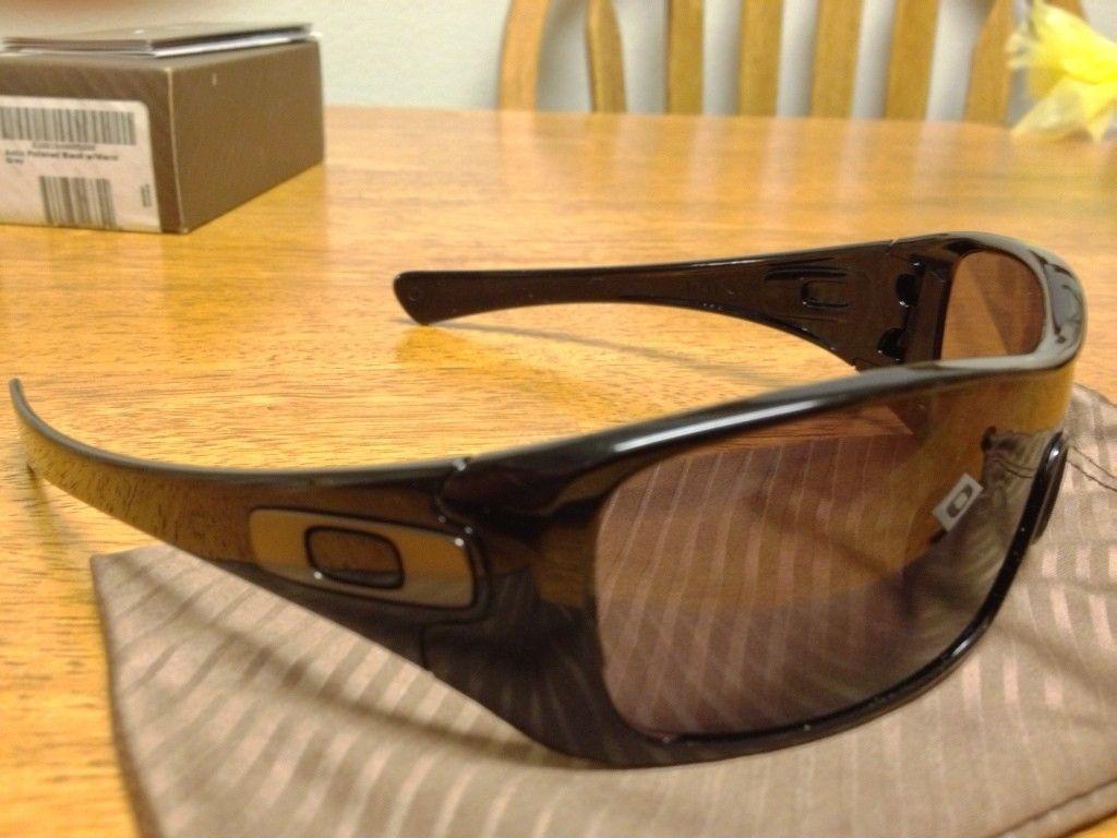 3 Oakleys For Sale (Antix And Hijinx) - 6462B872-4DB3-4AB8-8F57-D32CDF97B694-9376-00000BC044E28515.jpg