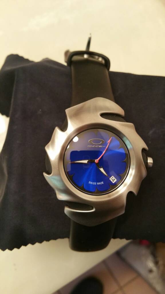 LIKE NEW Blade II watch: (Honed w/blue face) unobtainium band - 64887733afb459b1d365f294f029a39b.jpg