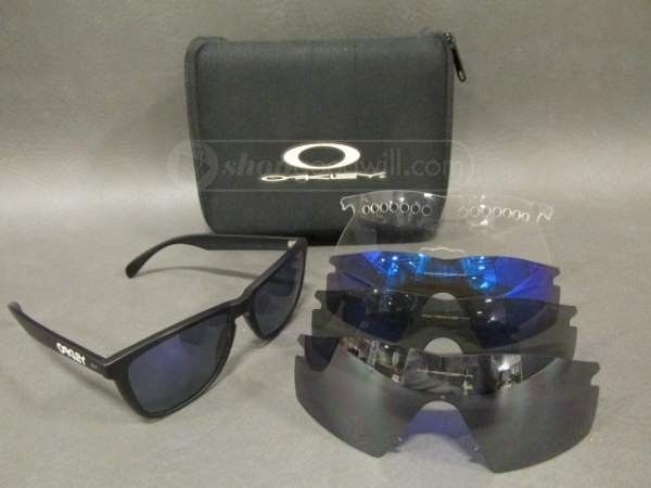 First pair of Oakleys in a while - 649364511113627RO.JPG