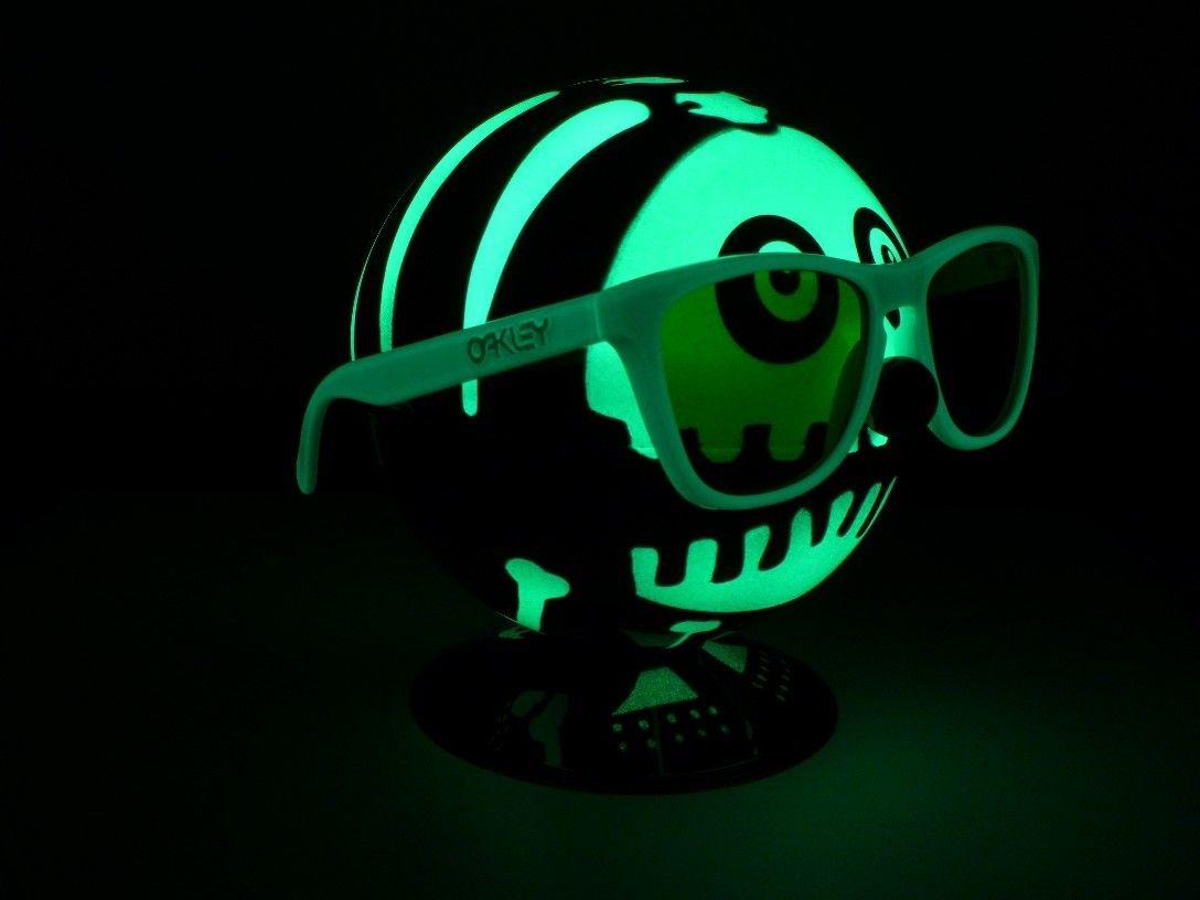 Some Glow In The Dark Impressions ... - 6602443211_960bdcf2b1_o.jpg