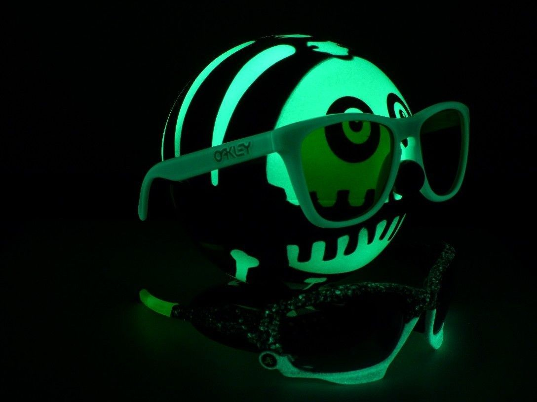 Some Glow In The Dark Impressions ... - 6602458317_ba5cc2b734_o.jpg