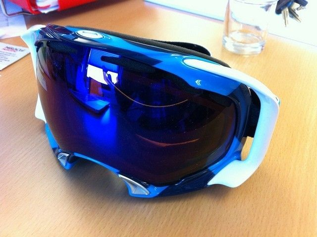 New Goggles Just Arrived - 6788854967_79dc4979a9_z.jpg