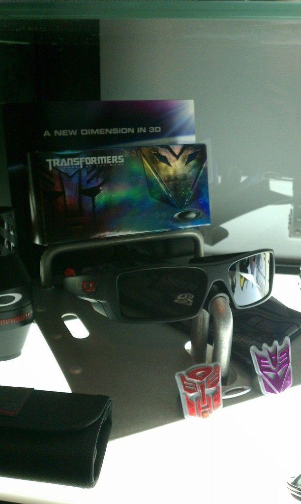Oakley Thump Display Stands - 6805176357_5c3ccf6f5c_b.jpg