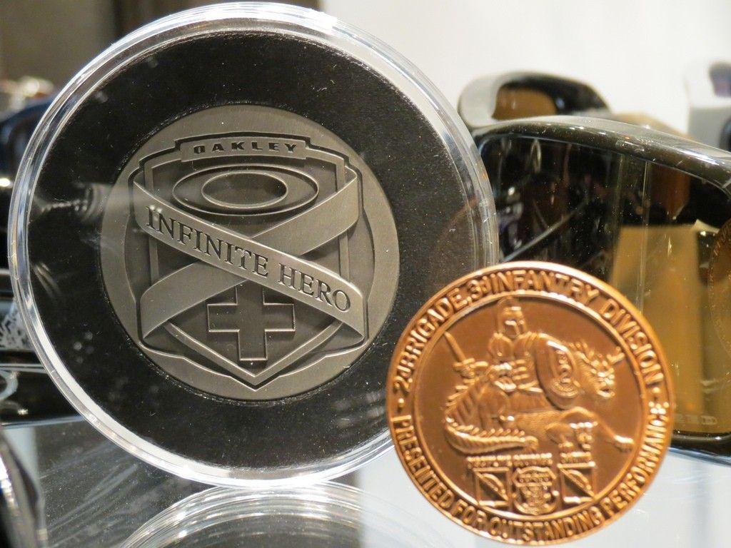 Challenge Coin - 6872972993_d406d231c1_b.jpg