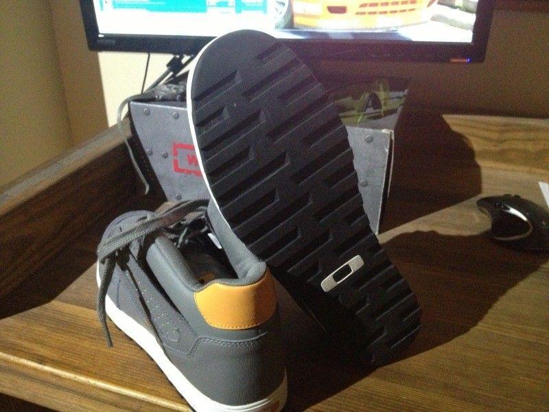 SI Snow Camo Assault Shoe, Black SI Shoe, Megajoule Mid Shoe - 68EA991B-DD4C-485E-9E42-9BBA1BF9646C-7592-0000068789E5116A_zps325288e0.jpg
