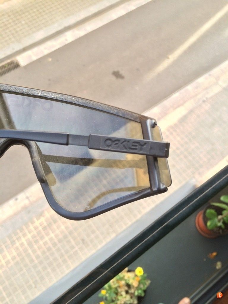 Vintage Oakleys To Trade - 6agu4u3y.jpg