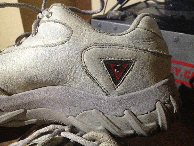 SI Snow Camo Assault Shoe, Black SI Shoe, Megajoule Mid Shoe - 6C75197A-6A78-457E-8856-92D0DEE1E607-7592-0000068777A4A6F4_zps88f57b7b.jpg