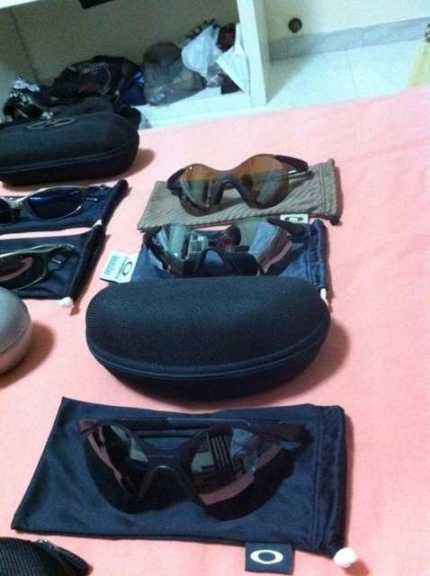 My name is BriP, and I'm an Oakley-holic. - 6unahu3y.jpg