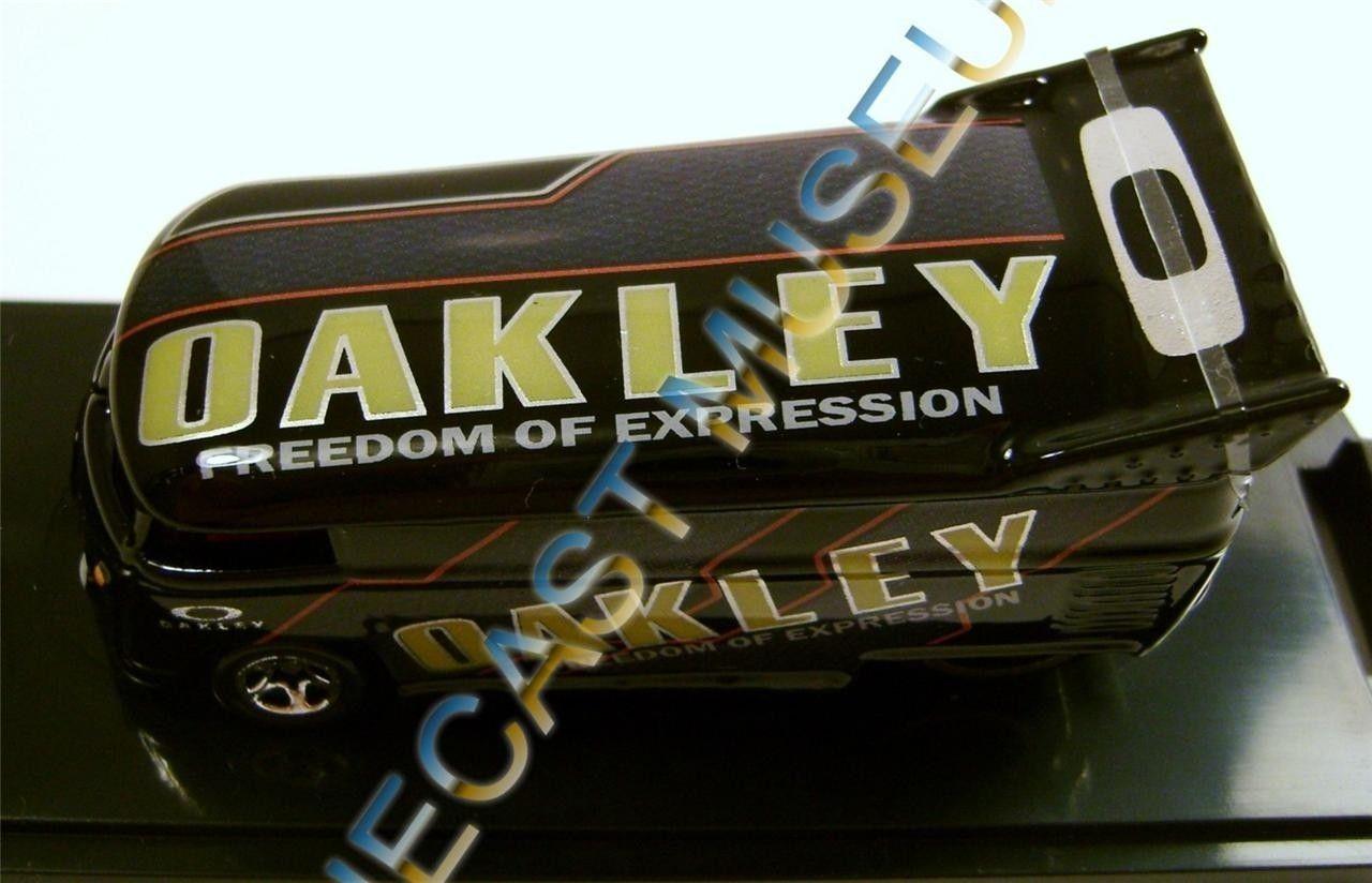 Oakley Hot Wheels - 700069271_o.jpg