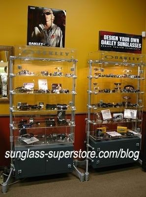 What Kind Of Display Case Is This? - 70c65a1e-07f7-41e4.jpg