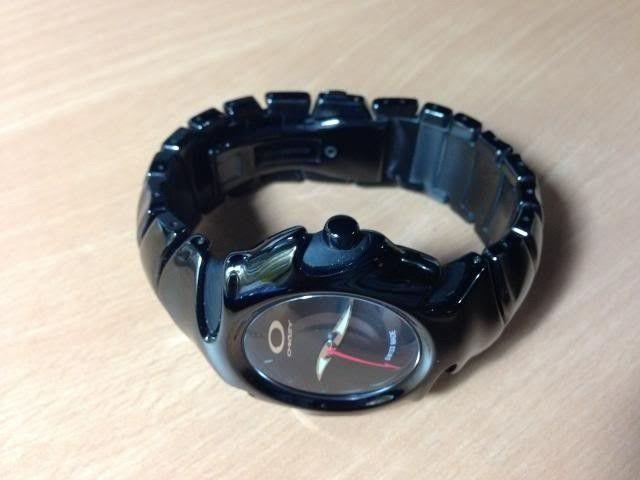 Oakley Blade 2 Bracelet Watch - 715129_20130529092805_zps8300dc5a.jpg