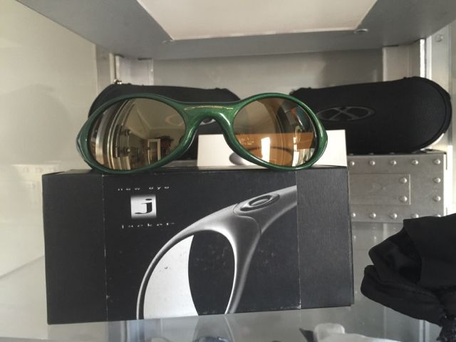 Some Boxed Eye Jackets for sale - 73369f52c927518817d45854fed061b9.jpg
