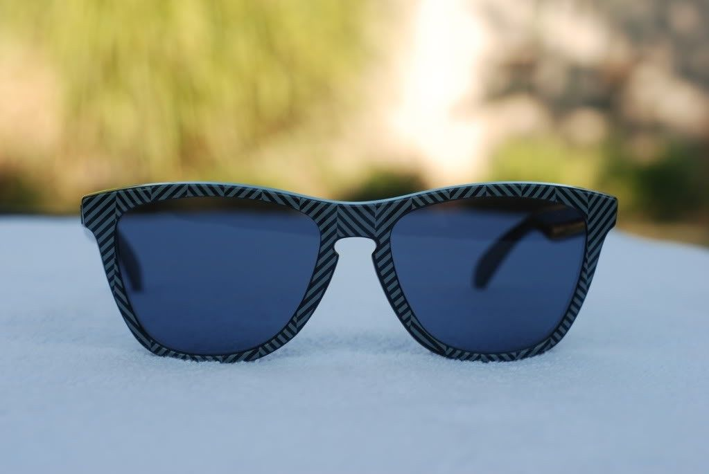 Got A Few Pair Of Frogskins For Sale - 74234fbd.jpg