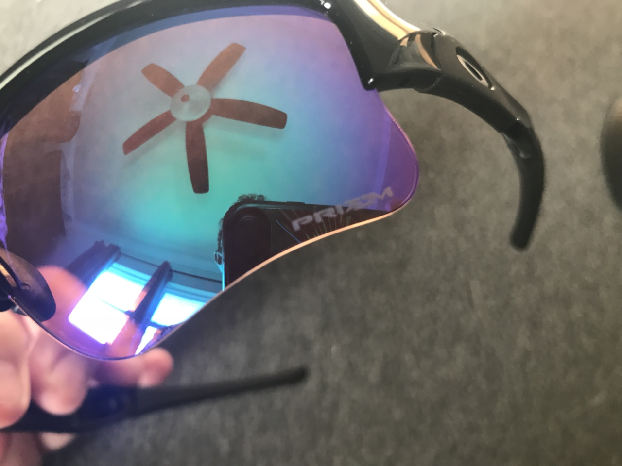 Flak Jacket XLJ w/ Prizm Golf Lens plus Rolling O Bag signed by Rory McIlroy - 7571-1541254010-a8fce7a83059b95736b95bbb2202e9a8.jpg