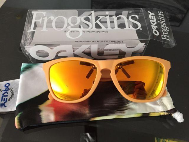 Oakleys for Sale - 7d06cc38943273f4342698055358ea84.jpg