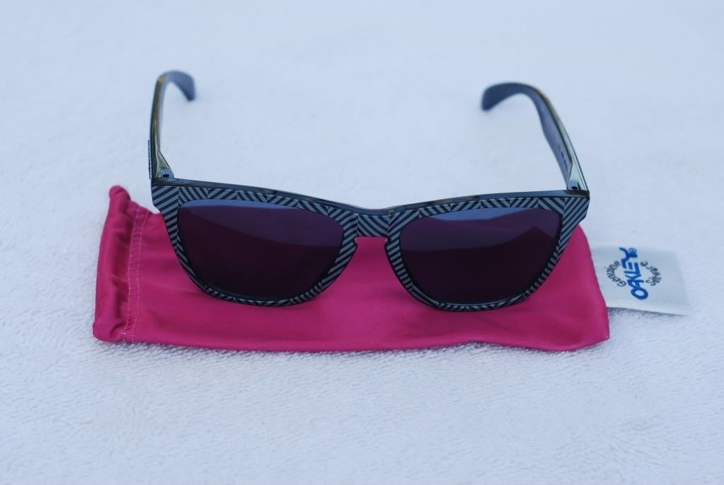 Got A Few Pair Of Frogskins For Sale - 80c197b3.jpg